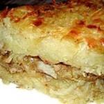 Картофельная бабка, фаршированная грибами с луком
