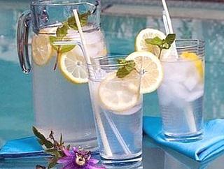 Вода Сасси фото