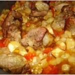 Запеченные с мясом овощи