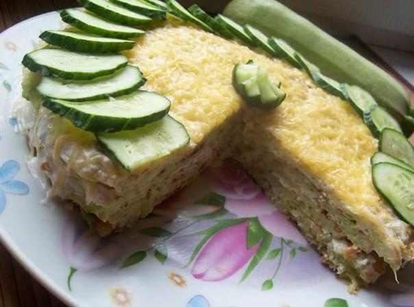 Капустно-кабачковый закусочный торт