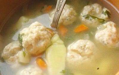 Суп с рыбными фрикадельками фото