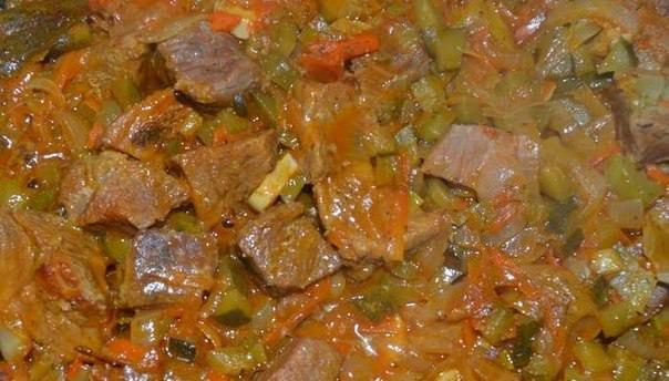 Тушеное мясо фото