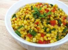 Горячий салат из кукурузы фото