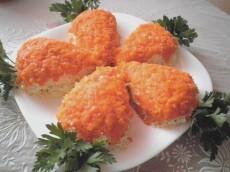 Салат с куриным филе и грибами - Морковки фото