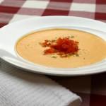 Сыроедный суп с красным сладким перцем