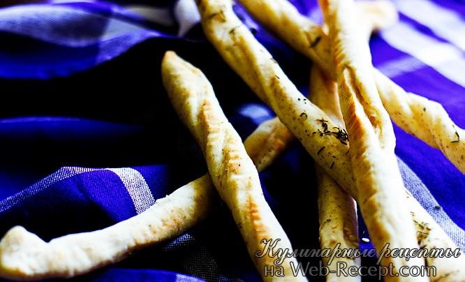 Пшеничные хлебцы с тимьяном и кунжутом фото