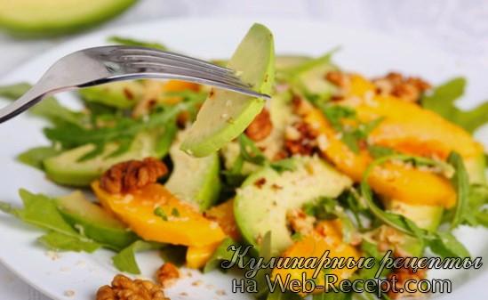 Салат с грецкими орехами фото