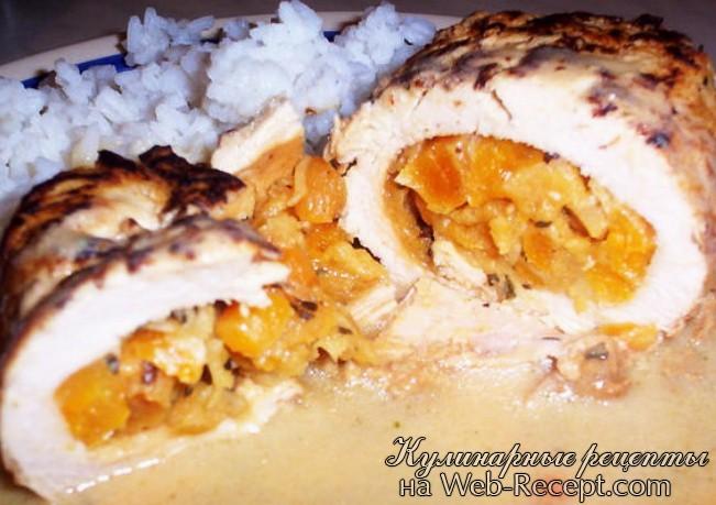 Рулет из курицы с абрикосами и мятой фото