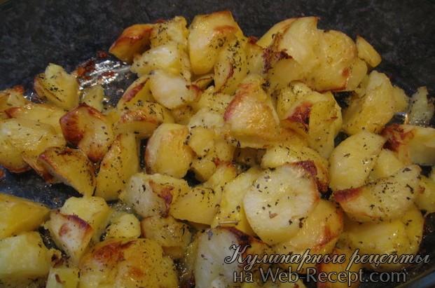 Печеный картофель с зеленью фото