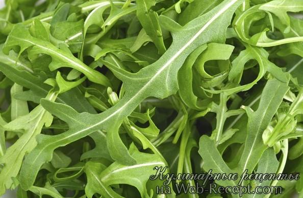 Салат с рукколой и семечками тыквы фото