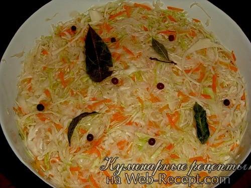Квашеная капуста с овощами фото