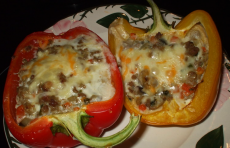 Фаршированные перцы с сыром фото