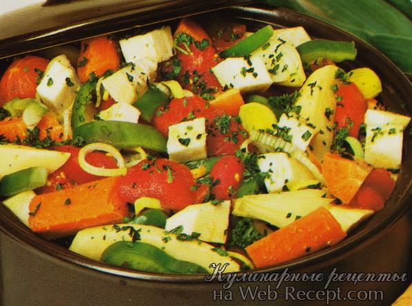 Картофель с морковью, сельдереем и томатами фото