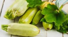 Салат из маринованных кабачков фото