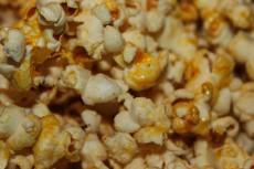 Как приготовить попкорн в домашних условиях фото