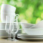 Использование сервизов и столовых приборов на приеме гостей