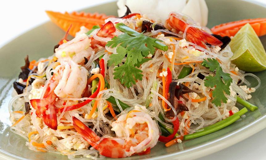 Лапша соевая с морепродуктами фото