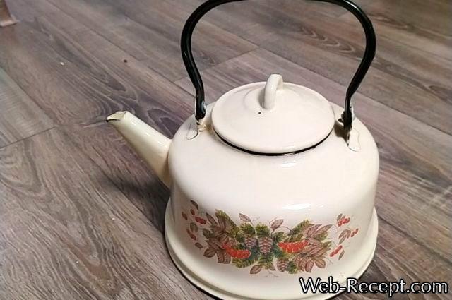 Эмалированный чайник ссср серый