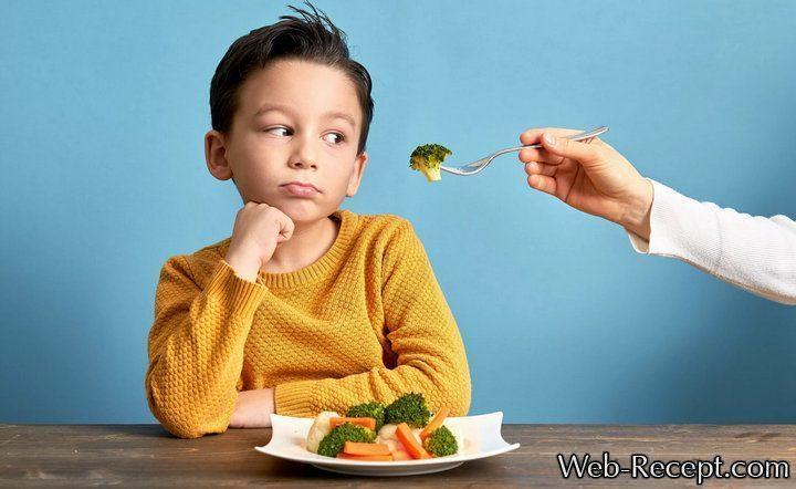 Какие сладости лучше давать детям
